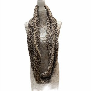 NWT Loft animal print faux fur scarf wrap